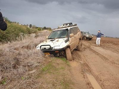 חילוץ כל סוגי הרכבים מהשטח